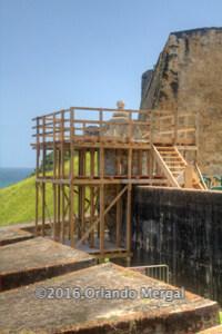 Reparación de garita en el Fuerte San Cristóbal